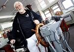 Основатель Sea Shepherd: учредитель Си Шепард капитан Пол Уотсон говорит, что его до сих пор охватывает злость, когда он видит, как убивают высокоинтеллектуальных и общительных млекопитающих