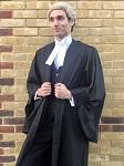 Впервые в мире: защитник прав животных и юрист представляет веганский парик, сделанный из конопли вместо конского волоса