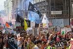 Рекорд: 12 000 вега́нских активистов приняли участие в лондонском Марше за права животных;
